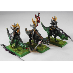Dark Elf Cold One Knights (Metall, 3st)